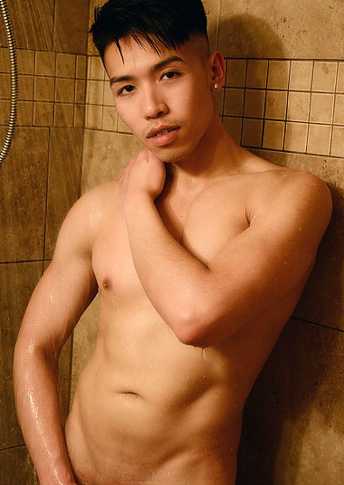 Dylan Nguyen (SU)